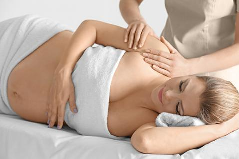 Séance ostéopathie femme enceinte